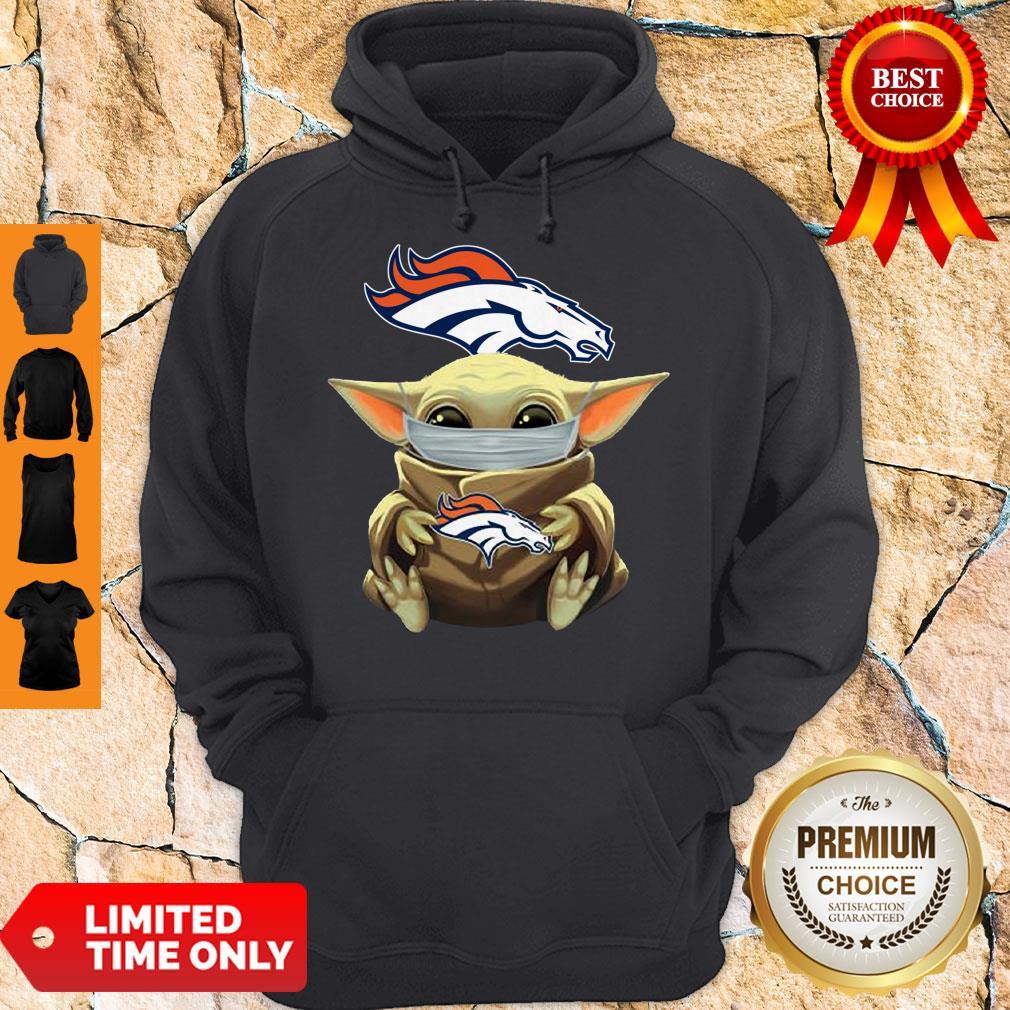 Top Baby Yoda Face Mask Denver Broncos Tee Hoodie