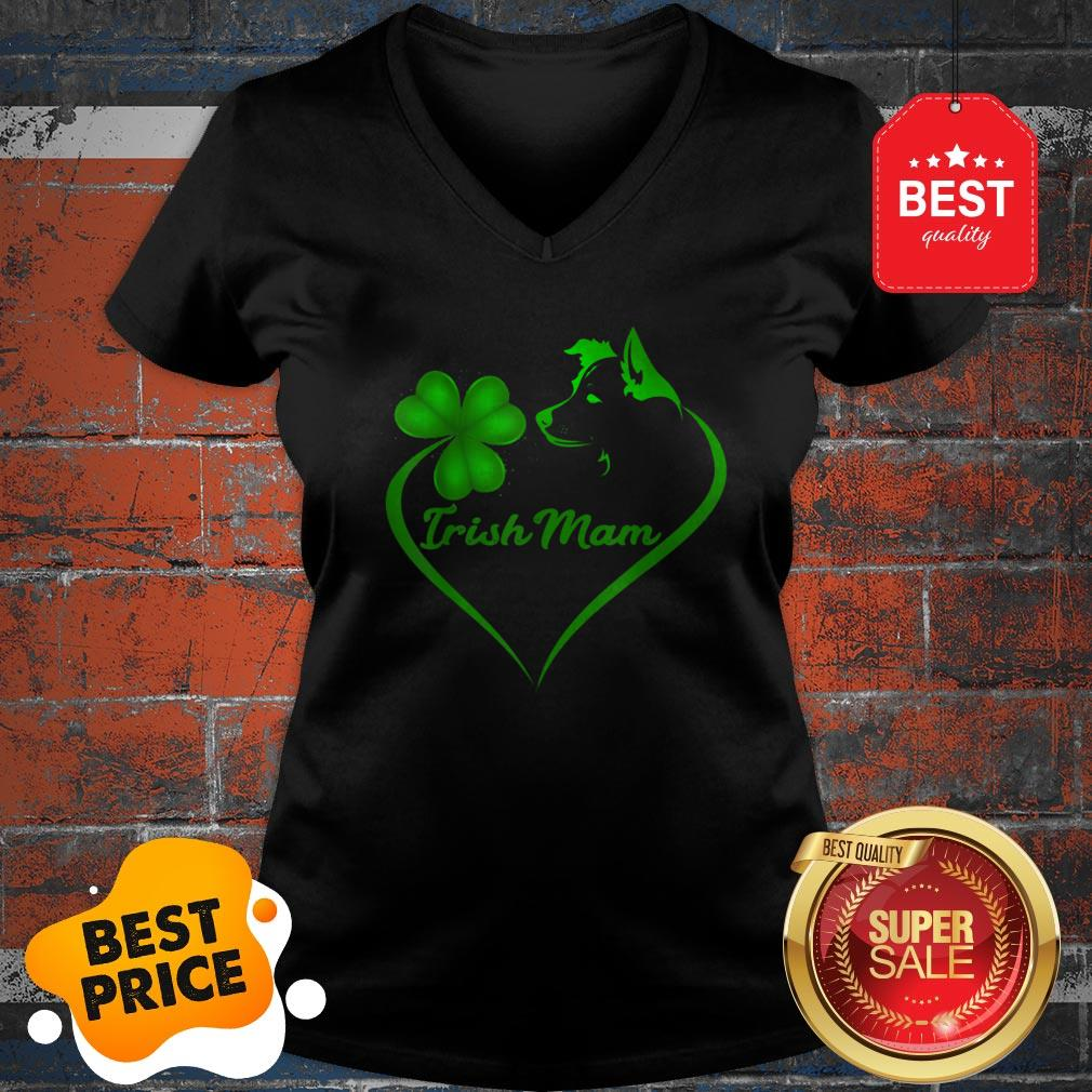 Premium Irish Mam Shamrock St Patrick Day Border Collie Dog Lover V-neck
