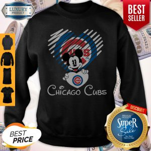 Mickey Mouse Hug Heart Chicago Cubs Logo Sweatshirt