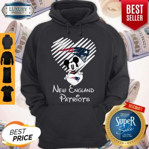 Mickey Mouse Hug Heart New England Patriots Logo Hoodie