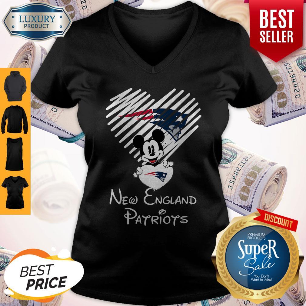 Mickey Mouse Hug Heart New England Patriots Logo V-neck