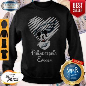 Mickey Mouse Hug Heart Philadelphia Eagles Logo Sweatshirt