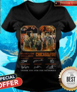 08 Years Of 2012 2020 Chicago Fire Signatures V-neck