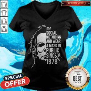 Michael Myers Social Distancing And Wear A Mask In Public Since 1978 V-neck