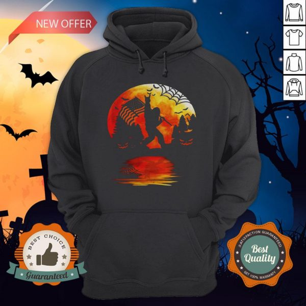 Bigfoot Holding American Flag Moon Halloween Hoodie