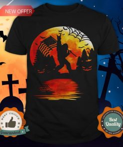 Bigfoot Holding American Flag Moon Halloween Shirt