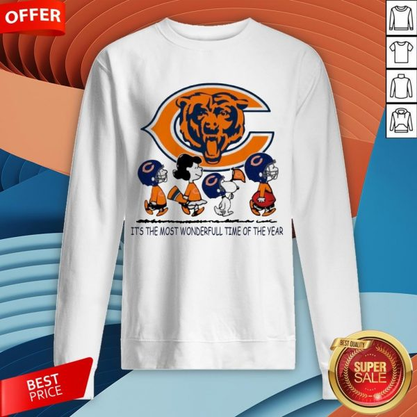 Snoopy And Friends Chicago Bears It's The Most Wonderful Time Of The Year Sweatshirt