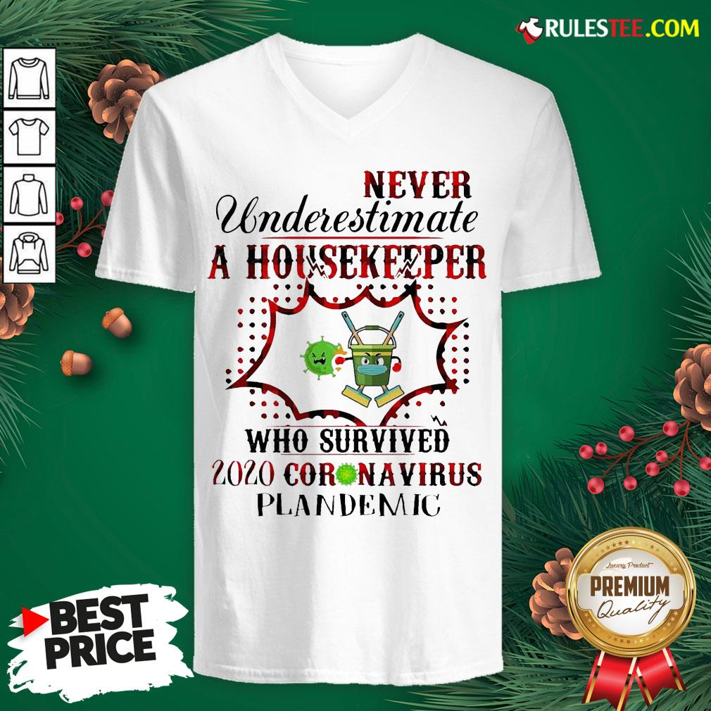 Funny Never Underestimate A Housekeeper Who Survived 2020 Coronavirus Pandemic V-neck - Design By Rulestee.com