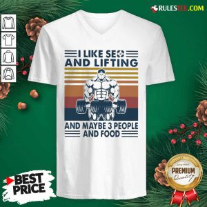 I Like Se And Lifting And Maybe 3 People And Food Vintage V-neck - Design By Rulestee.com