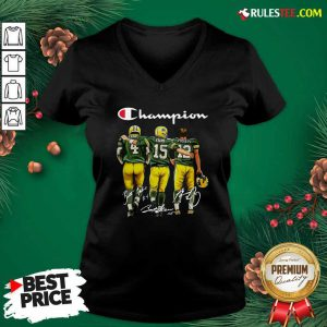Champion Green Bay Packer Brett Favre 4 Bart Starr 15 Aaron Rodgers 12 Signatures V-neck - Design By Rulestee.com