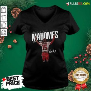 Rollin With Mahomes Patrick Mahomes Signature V-neck - Design By Rulestee.com
