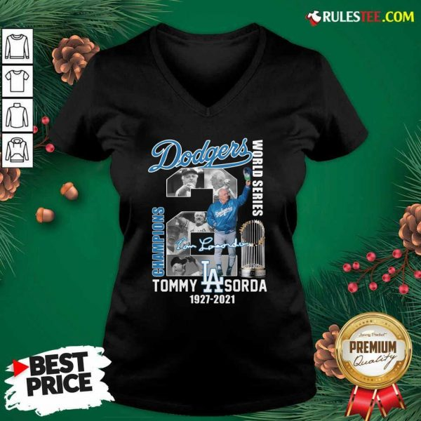 Los Angeles Dodgers Tommy Lasorda World Series 1927 2021 Signature V-neck - Design By Rulestee.com