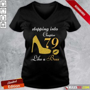 Stepping Into Chapter 79 Like A Boss V-neck - Design By Rulestee.com